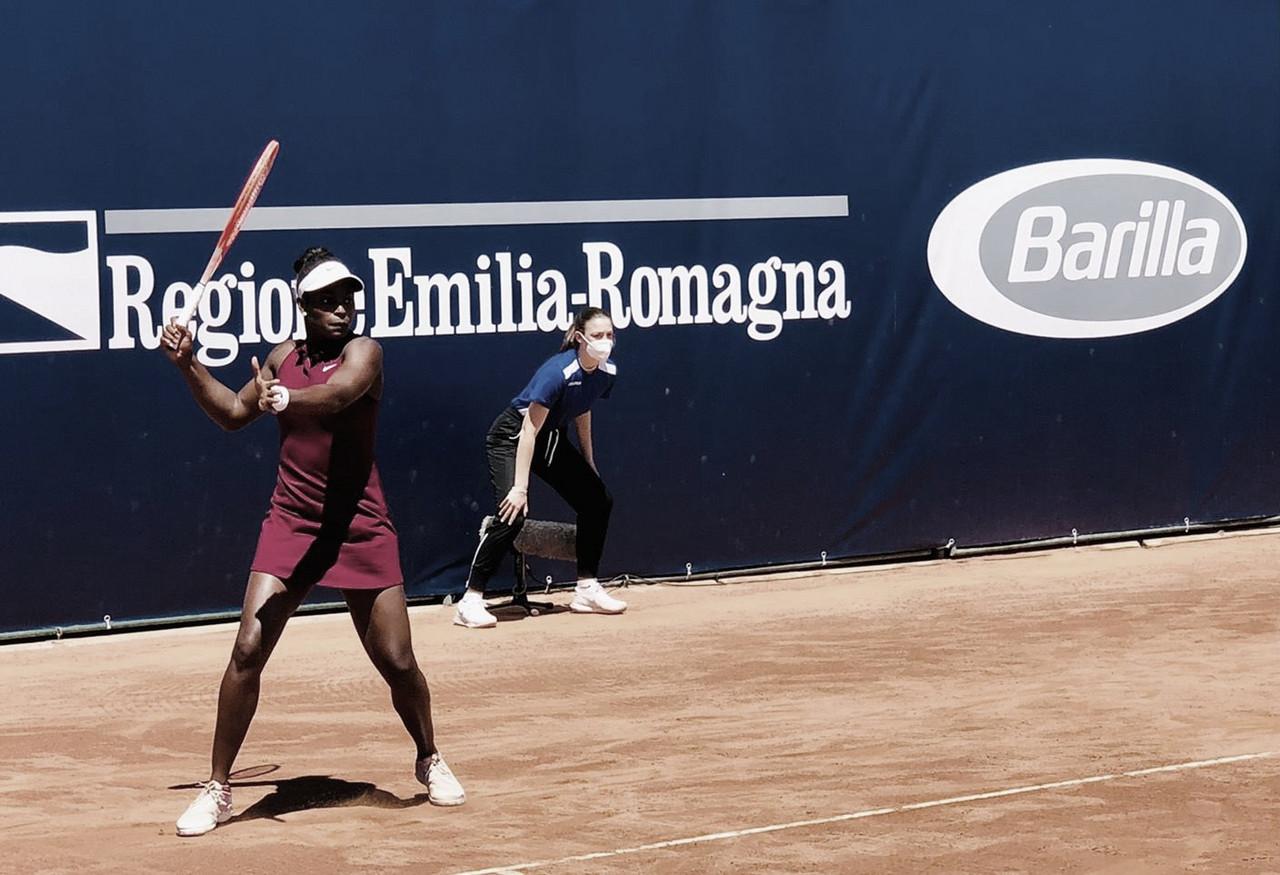 Stephens busca virada contra Kasatkina em Parma; Anisimova segue firme