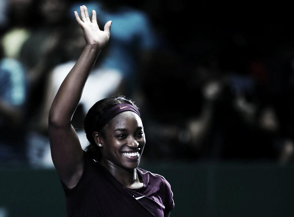Stephens vira contra Pliskova e avança para decisão do WTA Finals