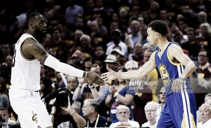LeBron James - Stephen Curry: Quem sai vencedor?