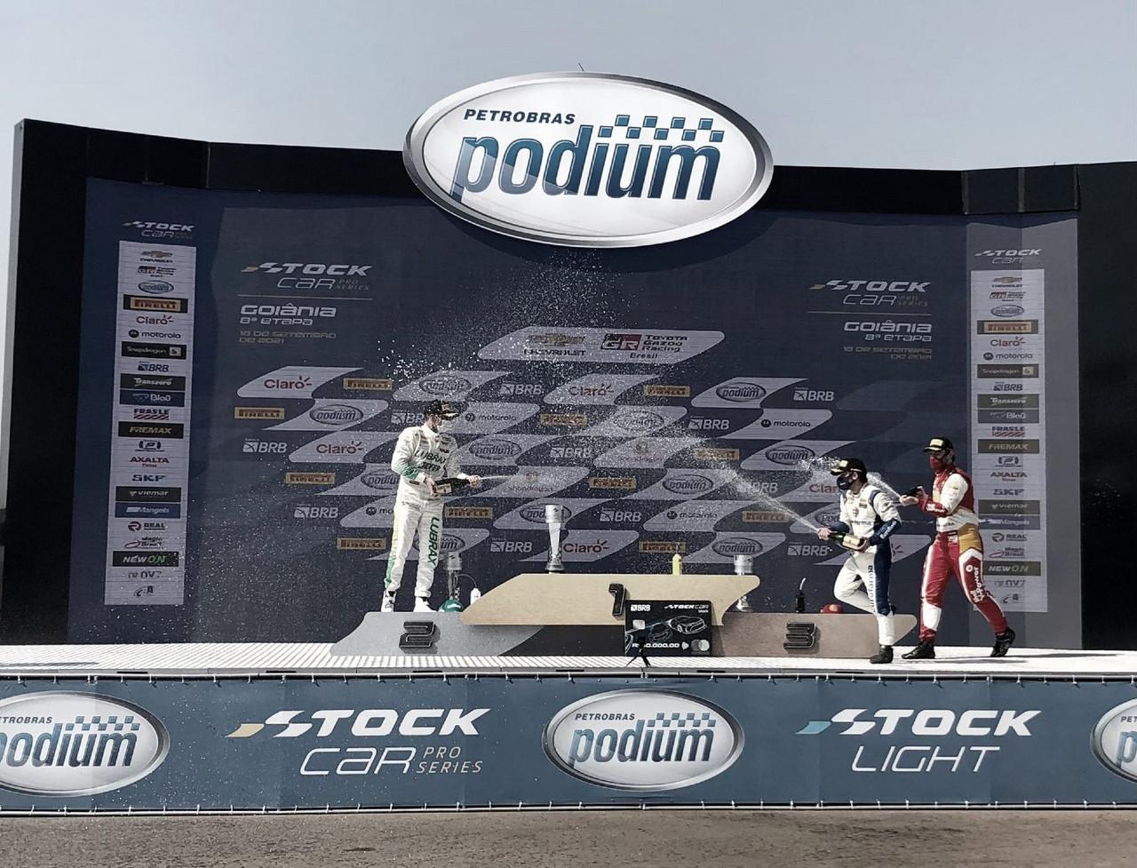 Stock Car: Barrichello y Mauricio dominaron en Goiania