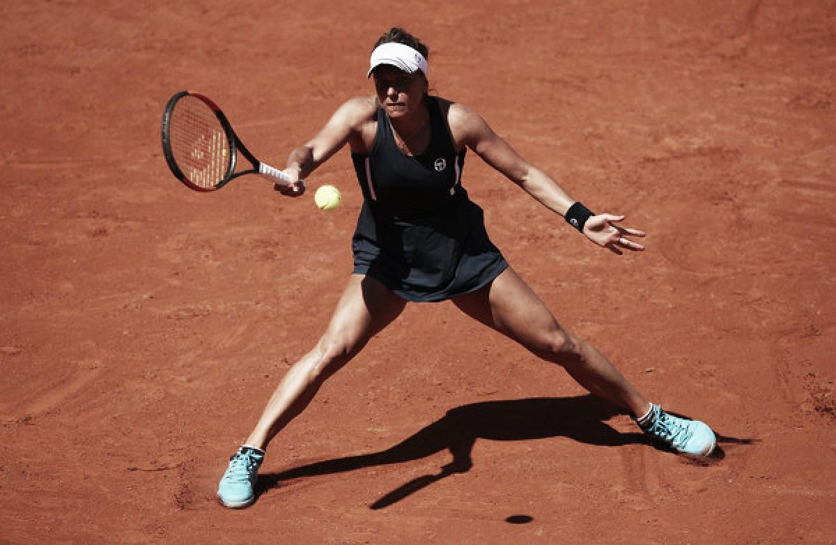 French Open: Barbora Strycova ousts Ekaterina Makarova in straight sets