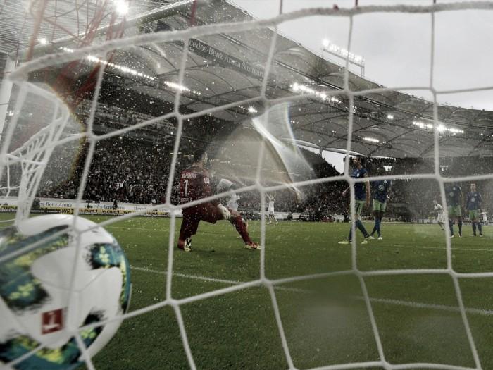 Stuttgart vence Wolfsburg pelo placar mínimo e sobe na tabela da Bundesliga