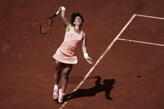 Carla Suárez brilla con luz propia en Bucarest