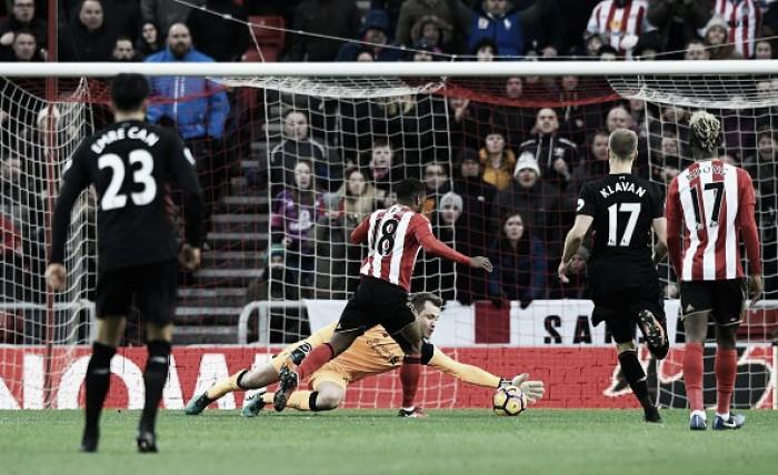 Premier League - Il Liverpool butta via tre punti: il Sunderland, di rigore, trova un pareggio d'oro (2-2)
