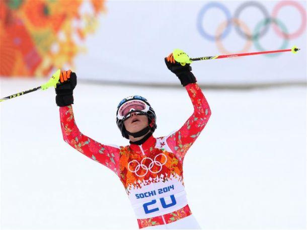 Maria Hoefl-Riesch é bicampeã olímpica no Super Combinado