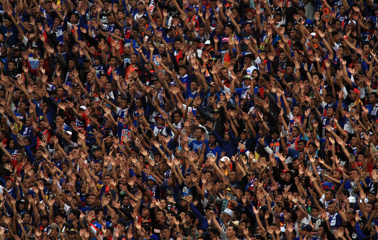 Rekor Suporter di Stadion Kanjuruhan