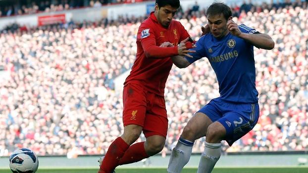 Com gol no último minuto, Liverpool e Chelsea ficam no empate