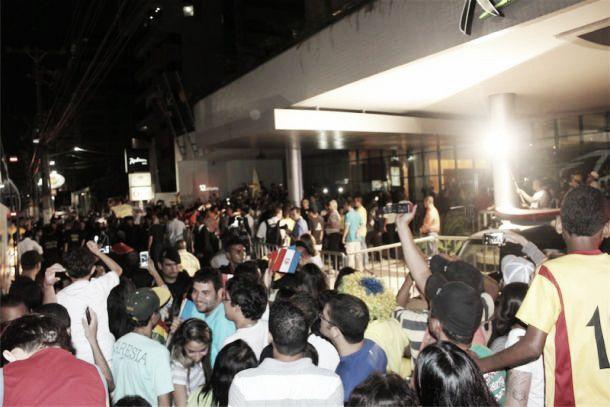 Última seleção a chegar ao Brasil, Gana é recebida com festa em Maceió