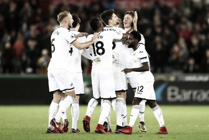 Swansea le puso un freno al Liverpool