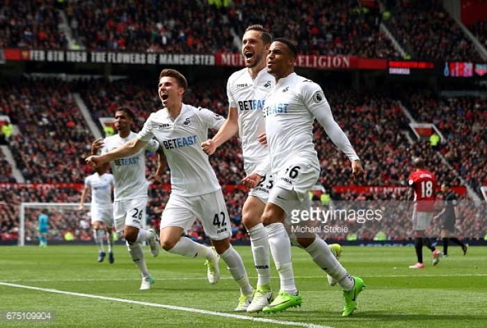 Man Utd 1-1 Swansea: Fatigued Reds' injury woes continue as Swans grab vital point
