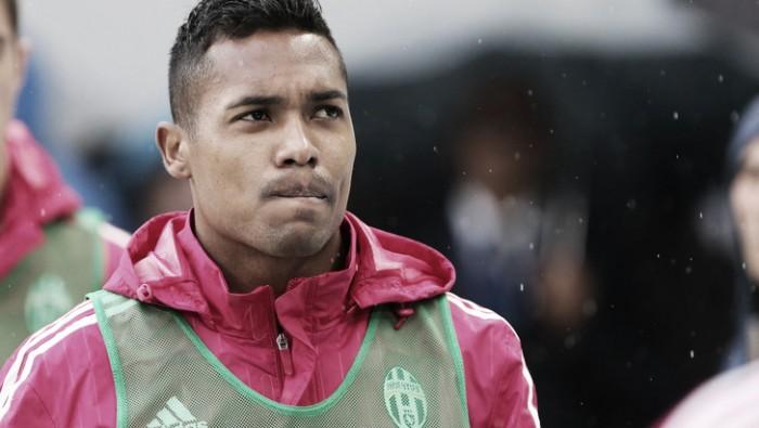 Juventus, si ferma anche Alex Sandro