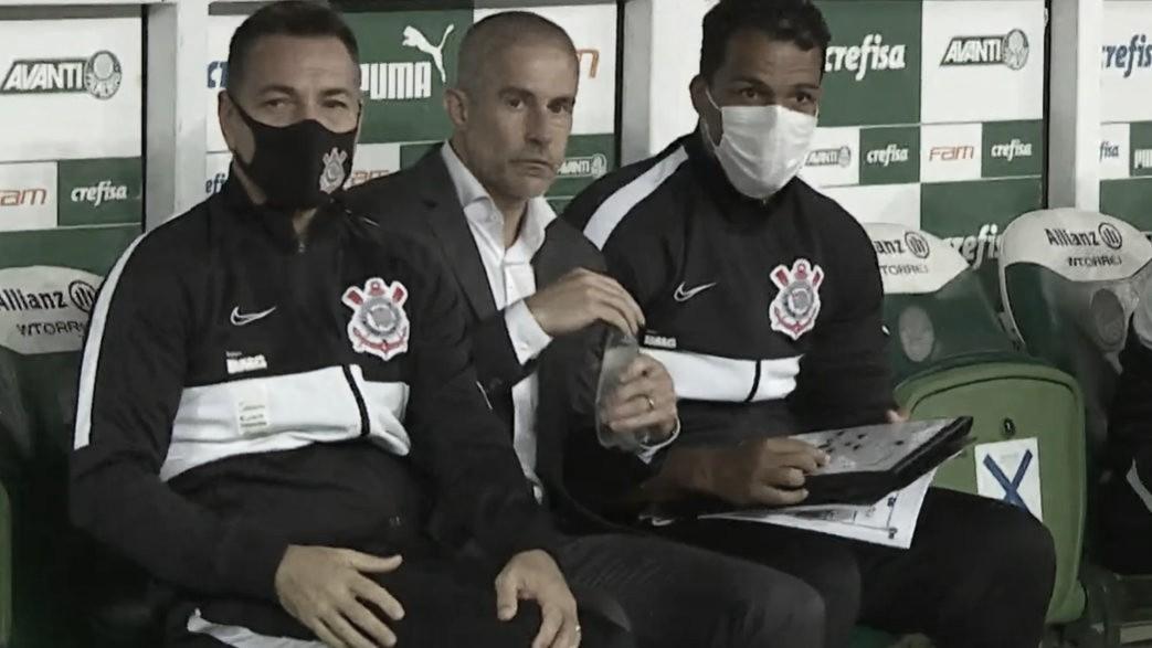 Sylvinho elogia evolução do Corinthians após empate no clássico com Palmeiras