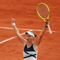 2021 French Open: Barbora Krejcikova wins epic semifinal against Maria Sakkari to reach first major singles final