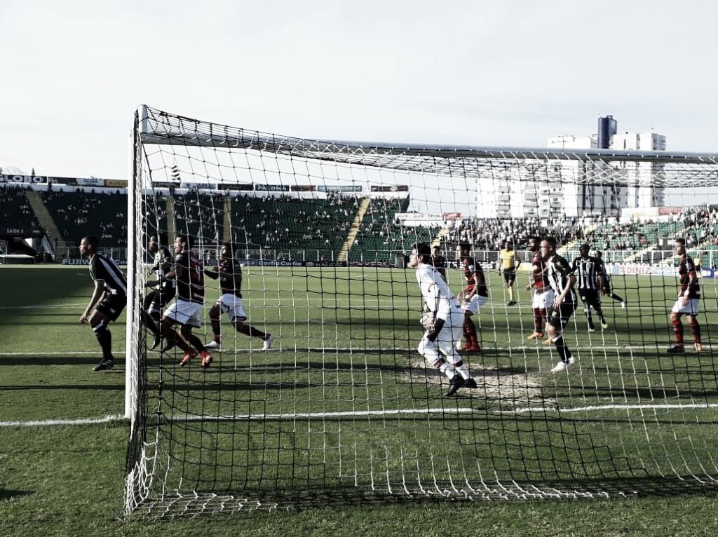 Em jogo de quatro gols, Figueirense empata com Atlético-GO no Orlando Scarpelli