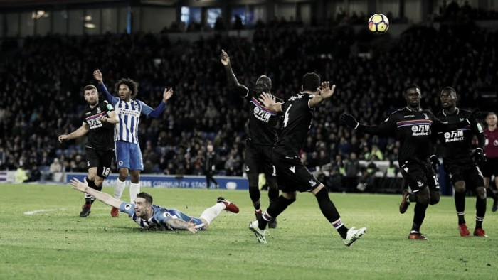 Em jogo morno, Brighton e Crystal Palace empatam clássico inédito na Premier League