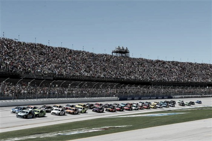 Ricky Stenhouse Jr. makes last lap pass to win Geico 500 at Talladega Superspeedway.