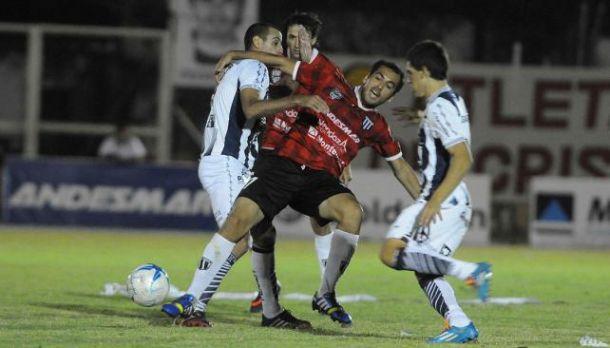 Resultado Talleres de Córdoba - Gimnasia de Mendoza  por la Final de Ascenso 2014 (0-1)