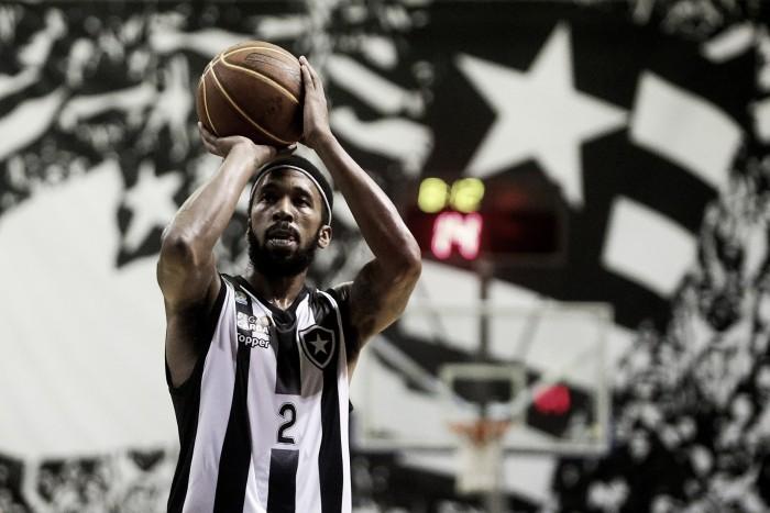 Em noite de Tatum, Botafogo bate Vitória e vence terceira seguida no NBB