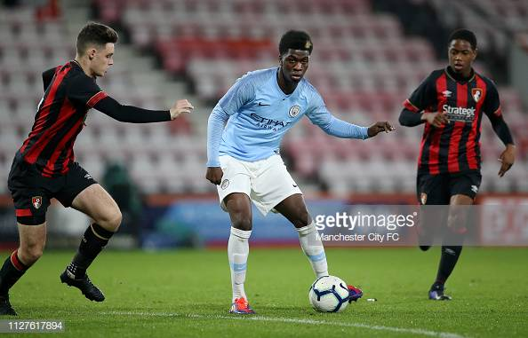 Brighton sign Manchester City youngster Taylor Richards