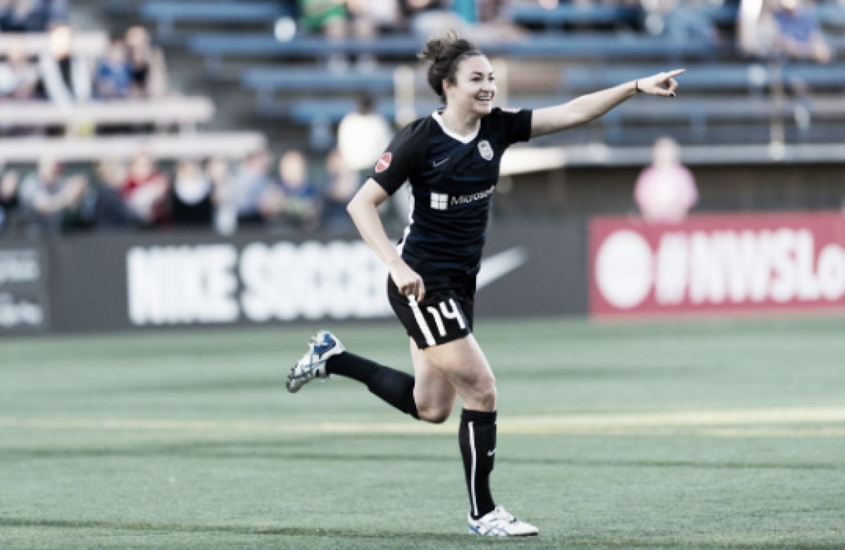 Seattle Reign FC clinches a playoff spot by beating the Houston Dash