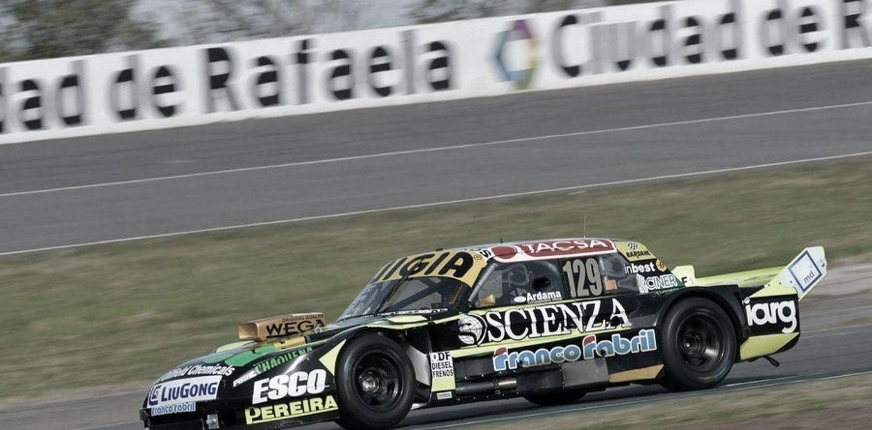 TC: Pole y récord de Juan Manuel Silva