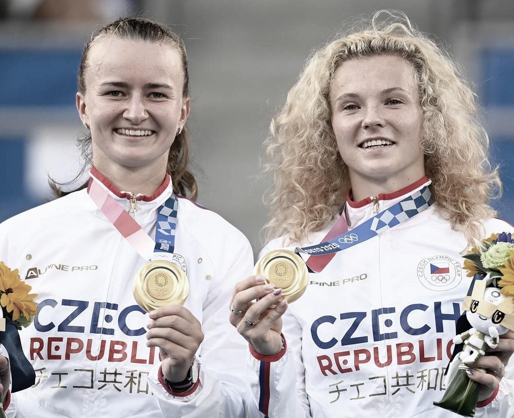 Favoritismo confirmado: Krejcikova/Siniakova batem Bencic/Golubic e ficam com ouro em Tóquio