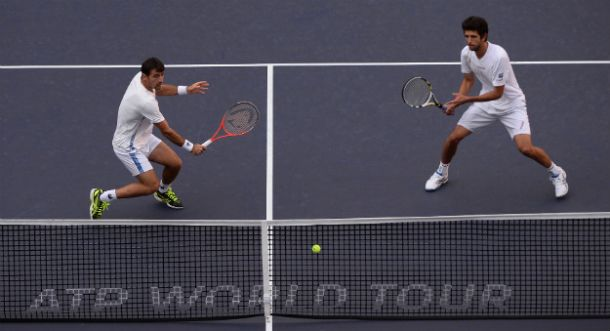 Marcelo Melo faz jus ao novo ranking e bate a dupla de Bruno Soares