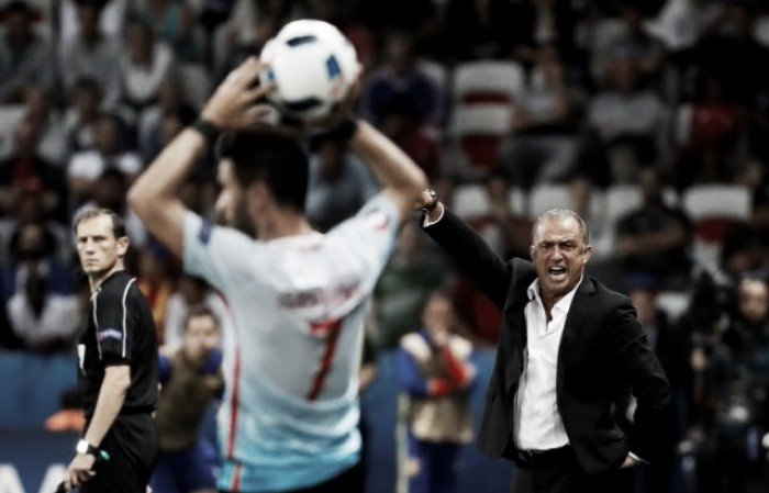 Fatih Terim furious at Turkey team