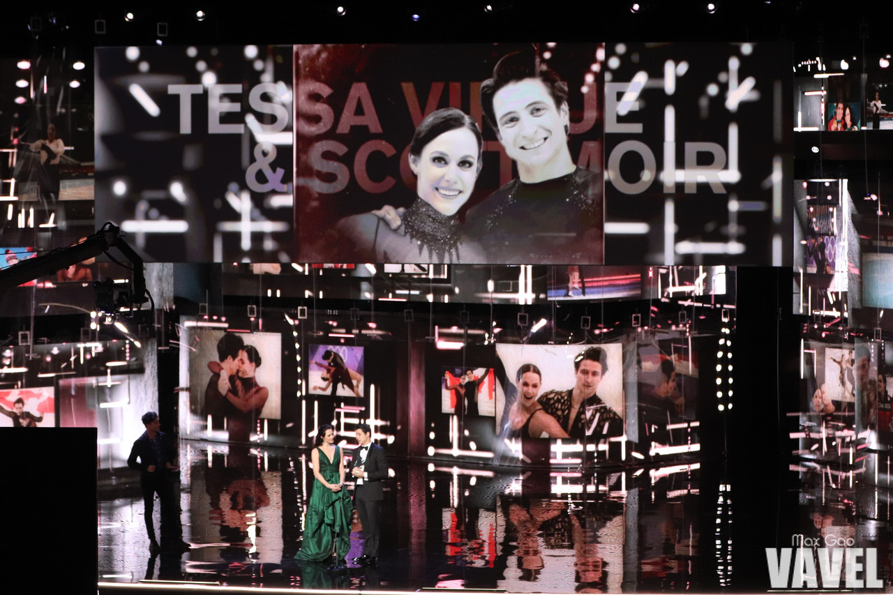 Flashback Friday: Figure skaters Tessa Virtue and Scott Moir, astronaut Chris Hadfield among 2018 inductees into Canada's Walk of Fame