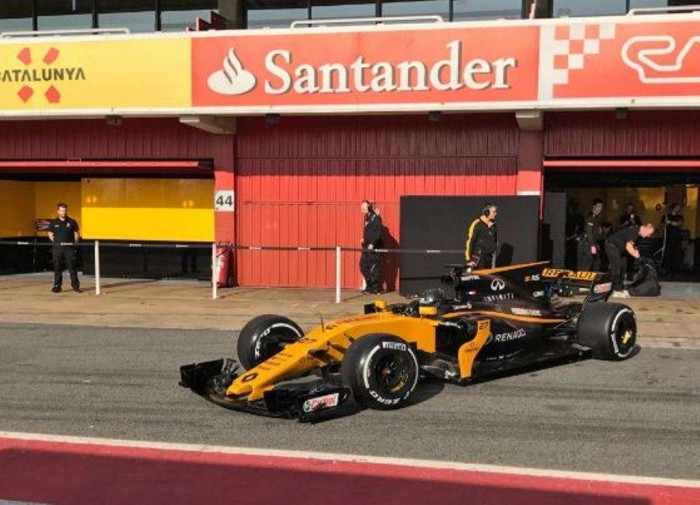 Renault, in ritardo gli sviluppi sulla power unit