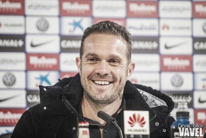 """Luis Tevenet: """"Llegamos en bloque y haciendo daño pero nos cuesta un mundo hacer gol"""""""