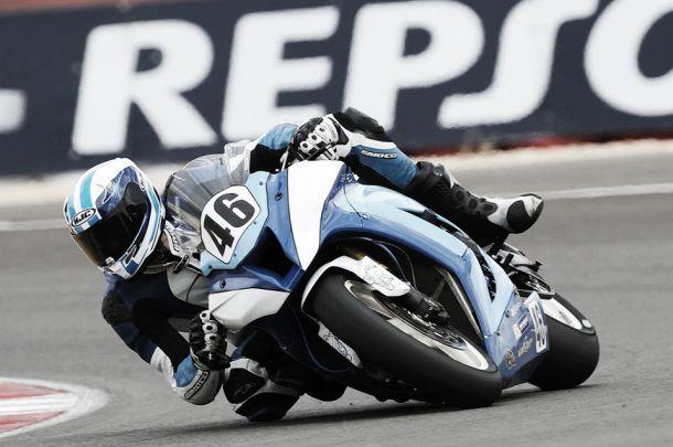 Pierre Texier, líder de la categoría de Superbikes Privados