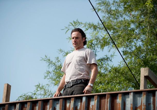 """The Walking Dead: """"Heads Up"""" Analysis And Recap"""