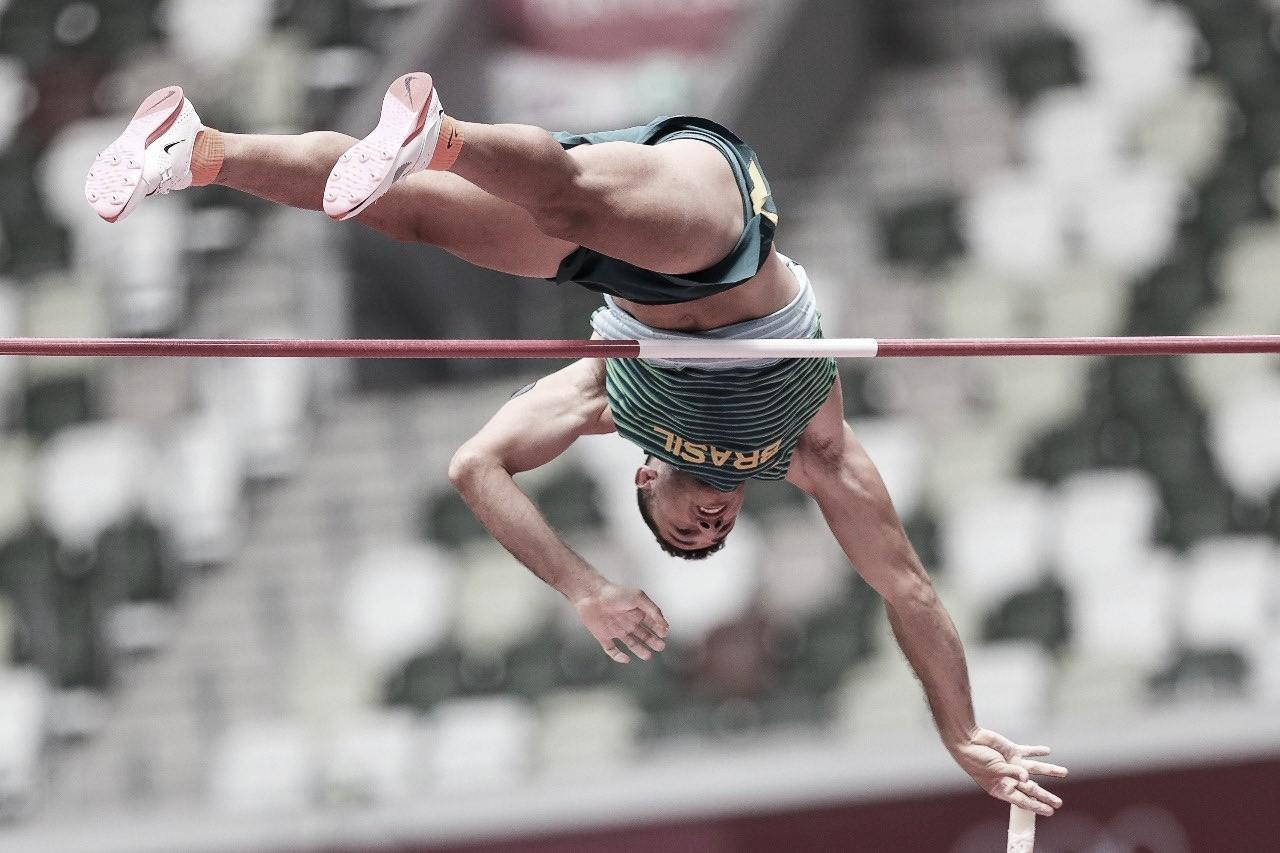 Atual campeão olímpico, Thiago Braz garante vaga na final do salto com vara em Tóquio