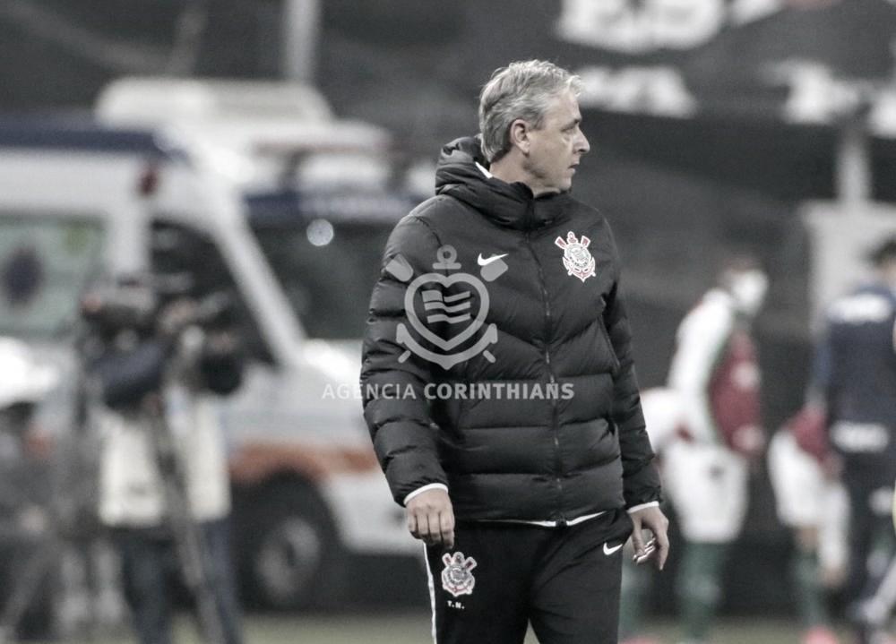 """Tiago Nunes avalia primeira decisão do Paulista: """"Equilibrado e bastante competitivo"""""""