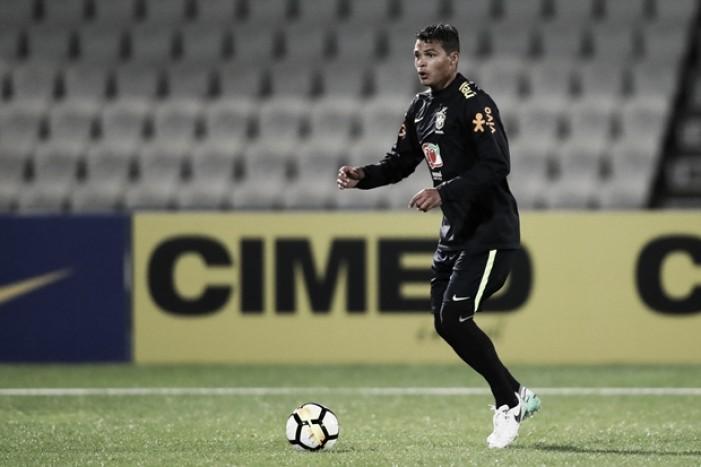 Thiago Silva retoma posto de titular e capitão na Seleção Brasileira e conta com voto de confiança de Tite