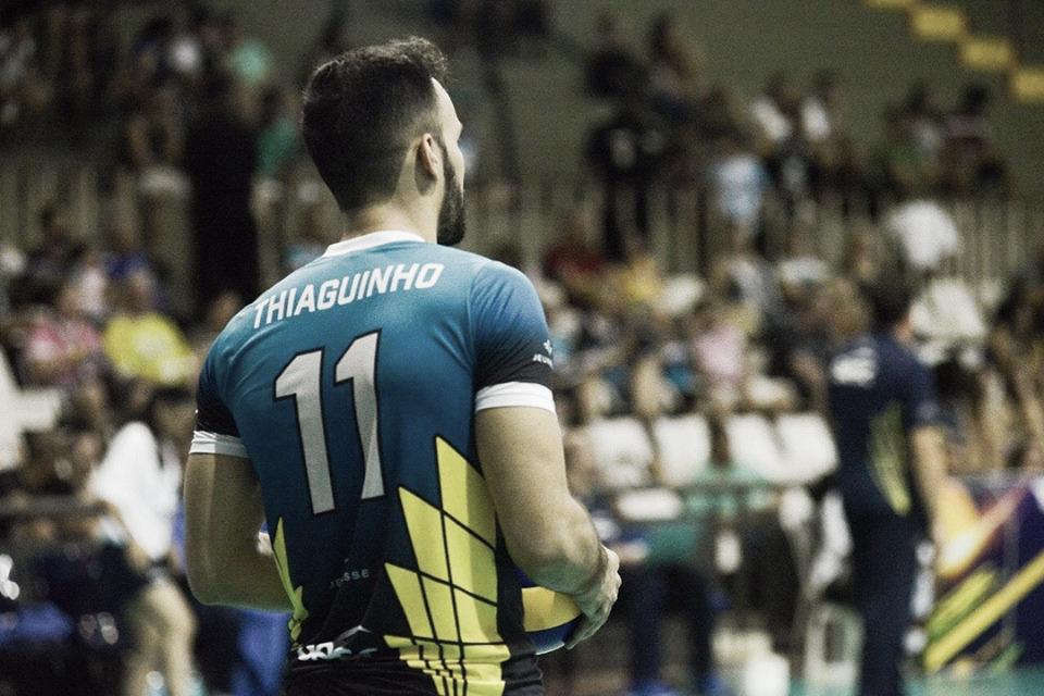 """Thiaguinho valoriza prata do Sesc-RJ na Libertadores: """"Saímos mais fortalecidos"""""""