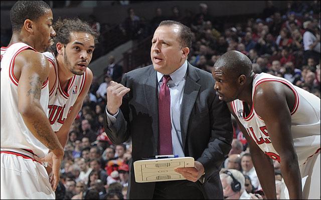 Los Chicago Bulls renuevan a su entrenador, Tom Thibodeau