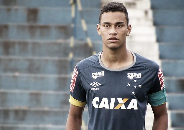Meia da base do Cruzeiro deve reforçar Grêmio por empréstimo
