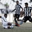 Vitória e Botafogo se enfrentam no Barradão buscando afastar fantasma do Z-4