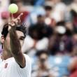 Seguro, Federer bate Leo Mayer e avança às quartas em Cincinnati