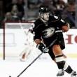 Los Ducks renuevan a Holzer y los Oilers a Kris Russell