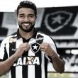 Líder em expulsões no Brasileirão, Aguirre ainda não convenceu no Botafogo
