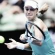Makarova supera adversidades e Cibulkova no Australian Open
