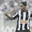 Agora é oficial: ídolo do Barcelona e Atlético-MG, Ronaldinho Gaúcho pendura as chuteiras