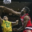 Notre Dame Fighting Irish Mounts Big Comeback Against Louisville Cardinals, Prevails 71-66