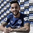 Após 12 anos, Walcott deixa Arsenal e é anunciado por Everton