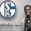 Schalke 04 anuncia contratação do lateral-esquerdo Hamza Mendyl, ex-Lille