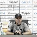 Zé Ricardo se solidariza com tragédias e projeta estreia do Botafogo pela Copa do Brasil