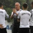 Santos enfrenta São Bento em busca da classificação no Campeonato Paulista